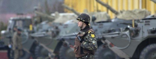 Un-soldado-ucraniano-hace-guar_54402753794_51351706917_600_226