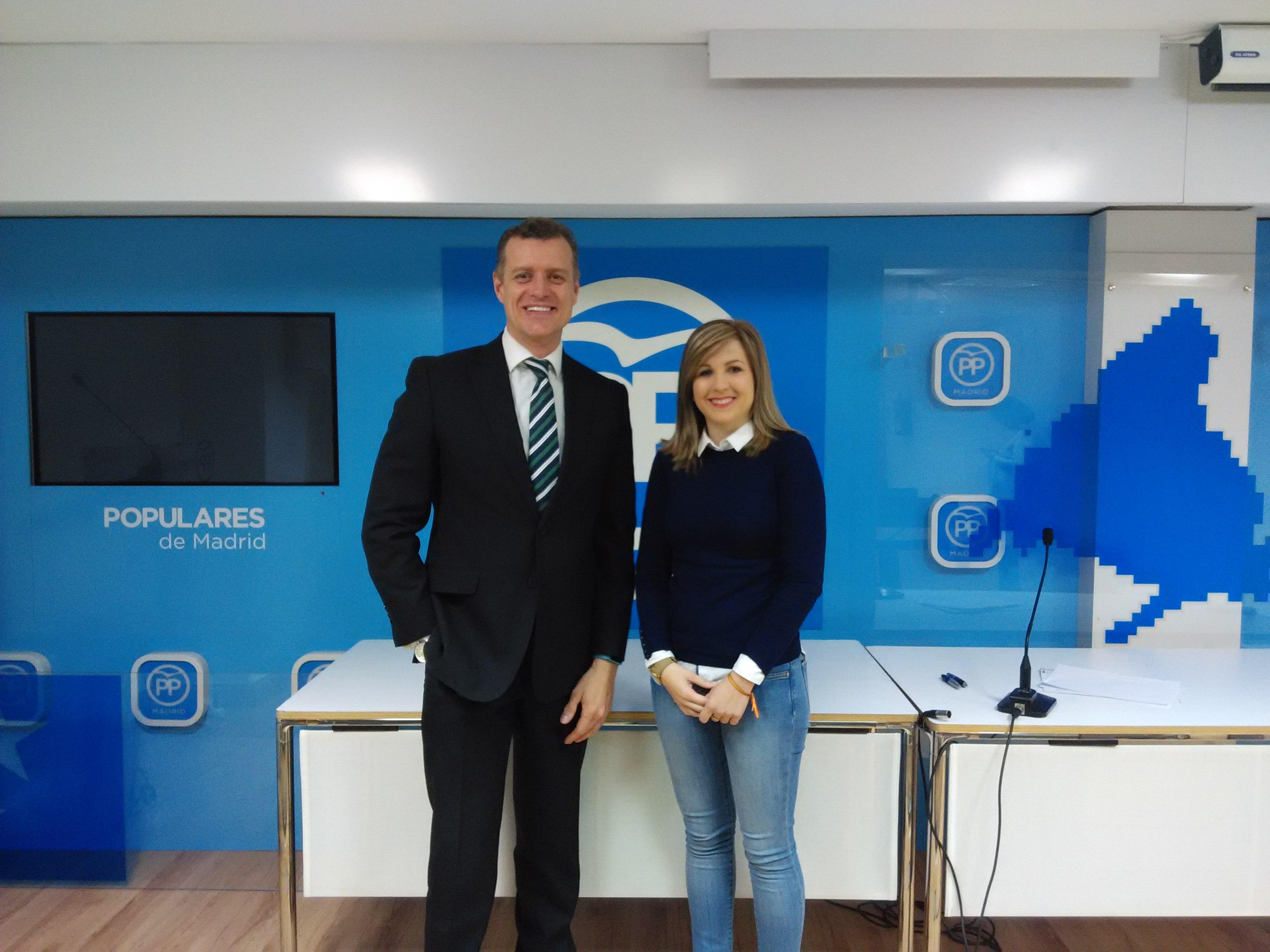 Ana Pérez con presidente de Asesmap